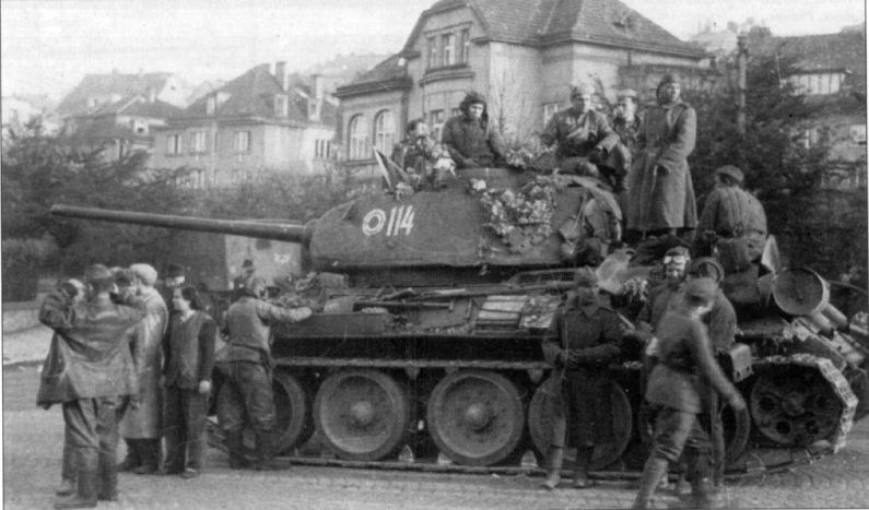 wwII photo red army 7 Guards tank corps T-34-85